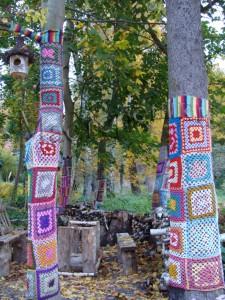 23 деревья в свитерах copy